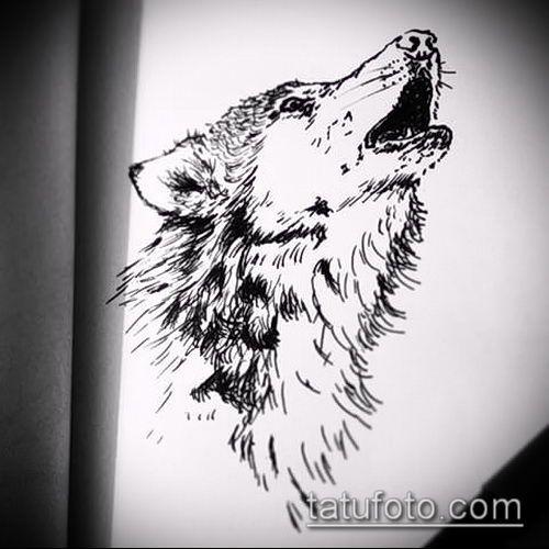 Эскиз тату воющего волка для мужчин
