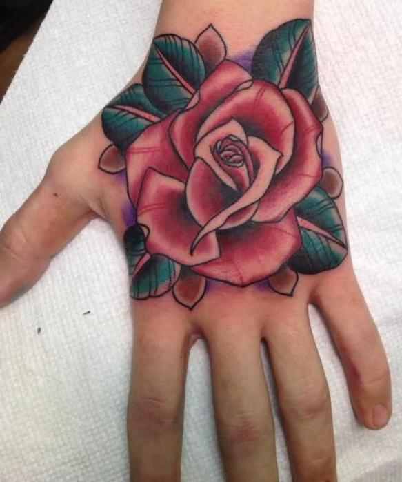 тату на запястье, цветная роза для девушки