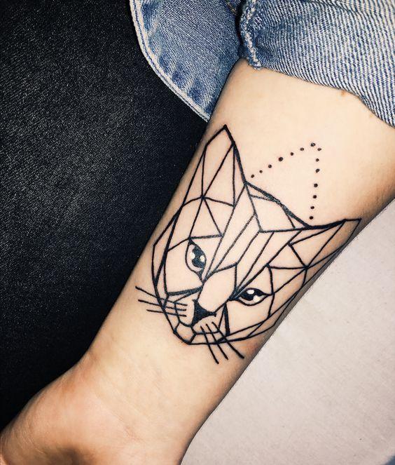 Тату кошки в геометрии, черный цвет, для девушек