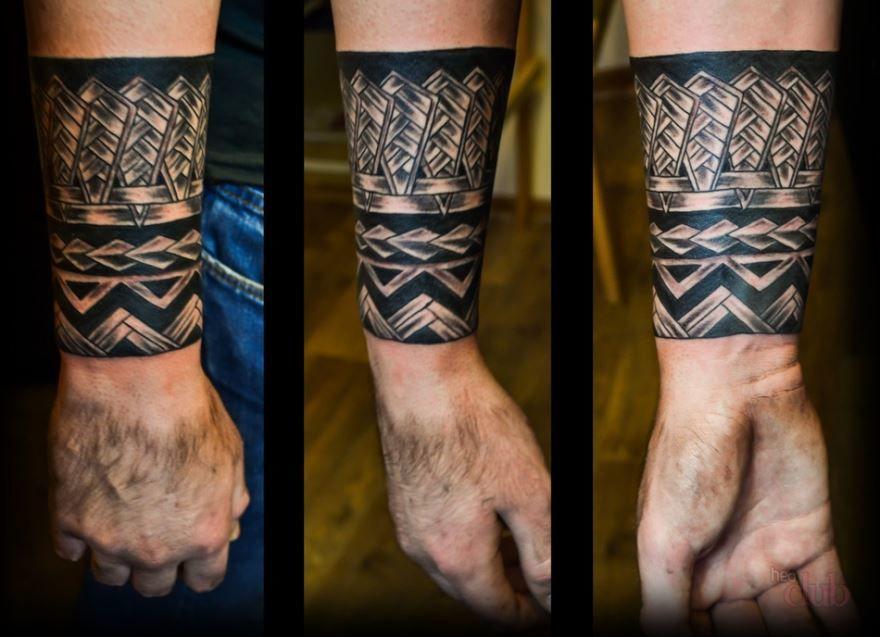 Мужской тату-браслет черный