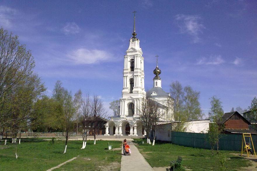 Смотреть красивое фото Благовещенского собора города Буй