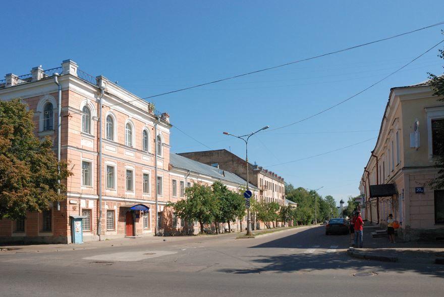 Улицы красивого города Великий Новгород