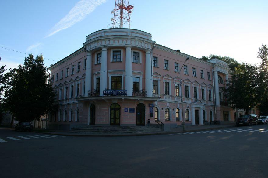 Дворцовая улица города Великий Новгород