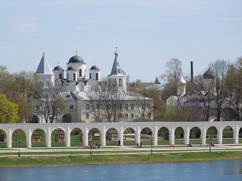 Смотреть Ярославово Дворище города Великий Новгород в хорошем качестве