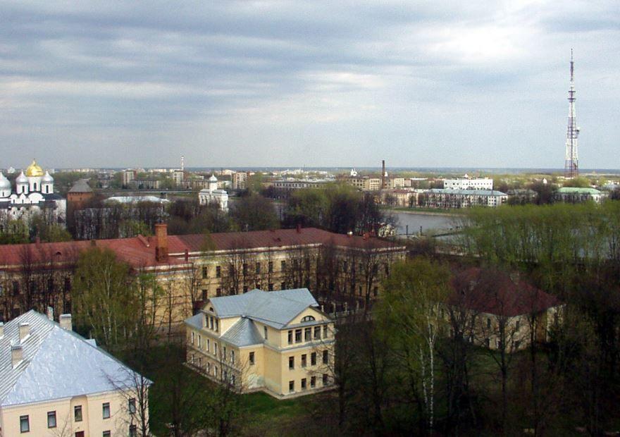 Интересный вид сверху города Великий Новгород
