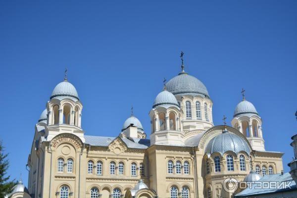 Смотреть красивое фото Свято-Николаевского мужского монастыря