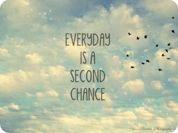Короткие цитаты на английском про счастье, жизнь с переводом: каждый день - это второй шанс
