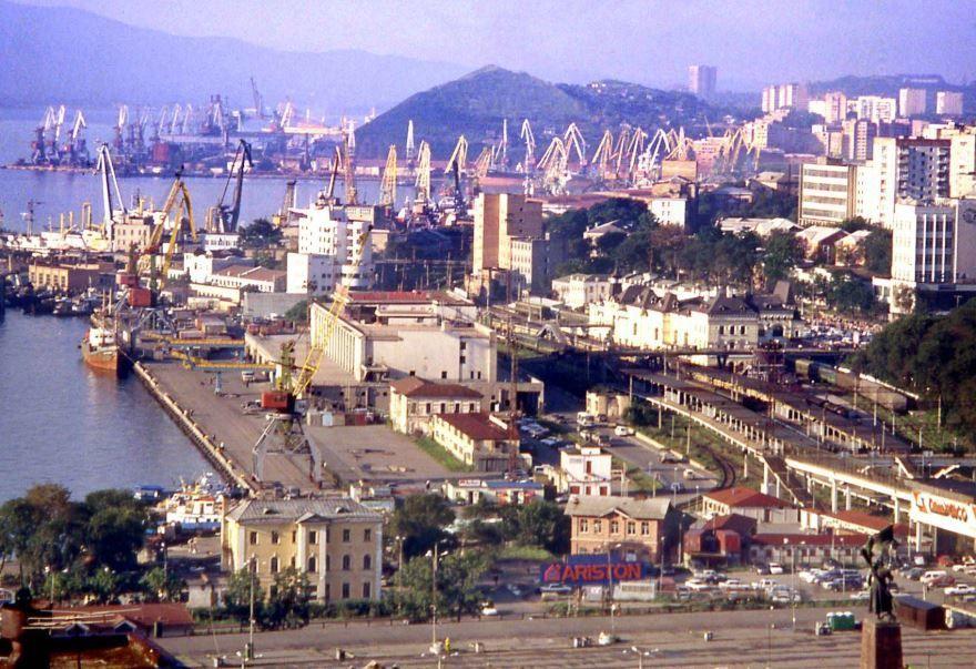 Смотреть лучшее фото порта города Владивосток бесплатно