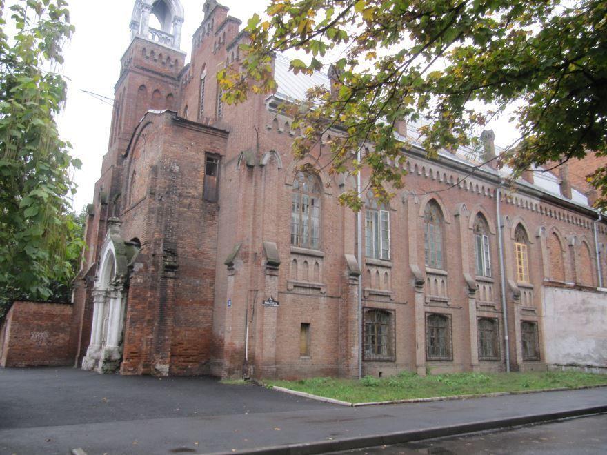 Бывшая лютеранская церковь города Владикавказ