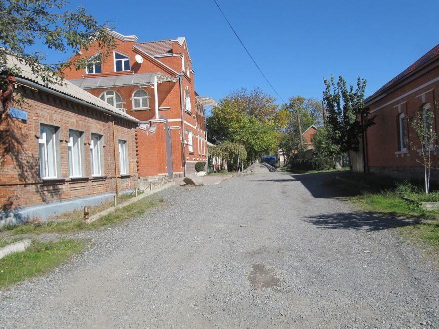 Смотреть лучшую улицу города Владикавказ в хорошем качестве
