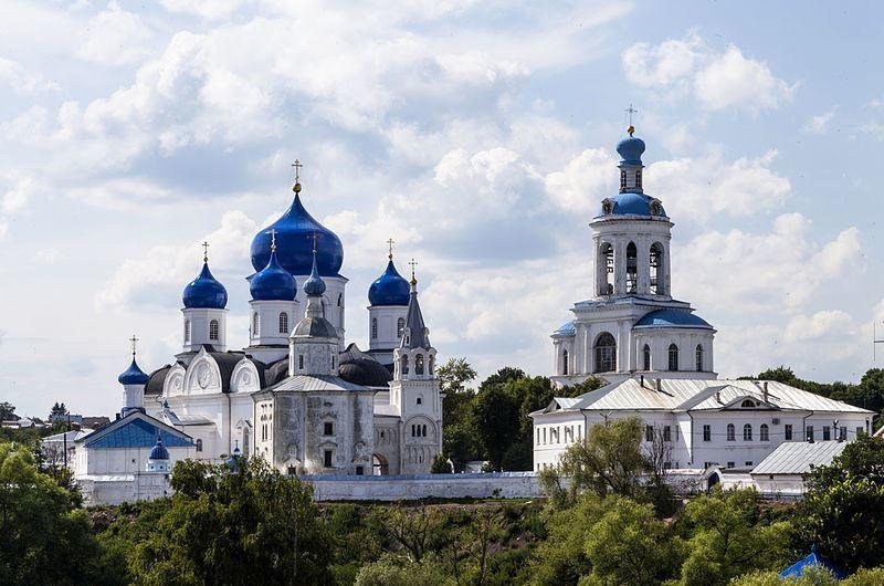 Скачать онлайн бесплатно лучшее фото монастыря города Владимир в хорошем качестве