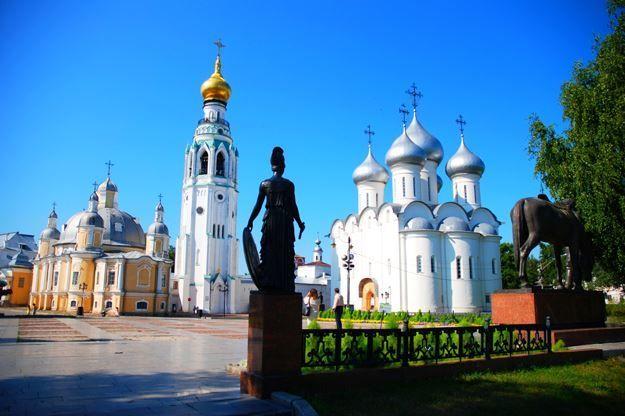 Красивое фото церкви в городе Вологда