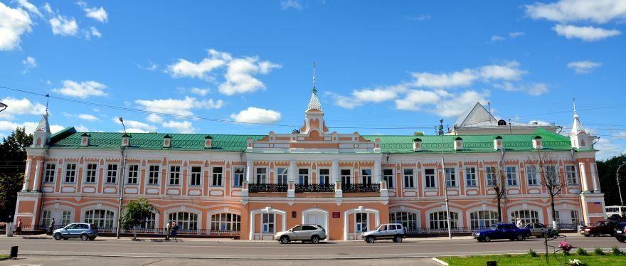 Смотреть интересное здание думы в городе Вологда бесплатно