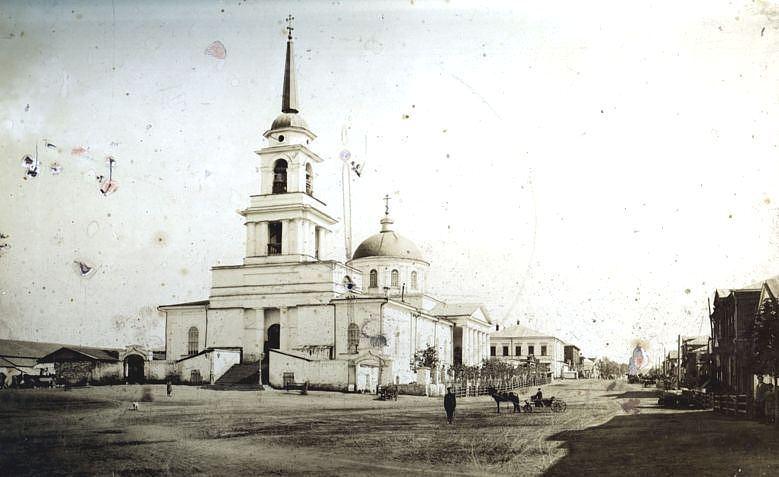 Смотреть старинное фото 19 века Благовещенского собора в городе Воткинске