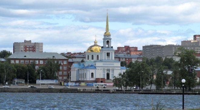 Скачать онлайн бесплатно лучшее фото церковь города Воткинск в хорошем качестве