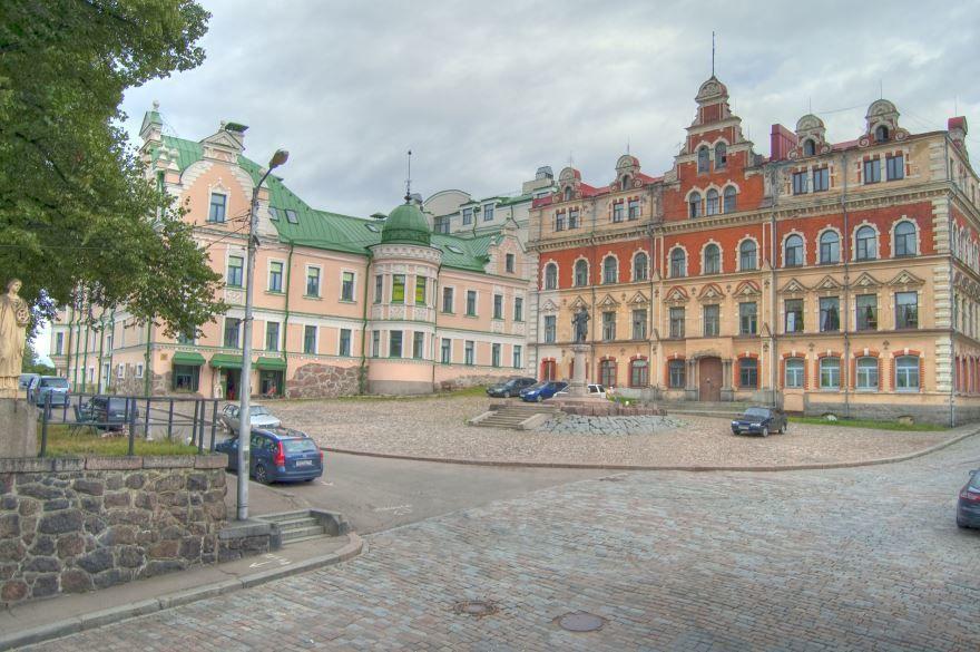 Смотреть красивое фото Бывшая ратуша город Выборг