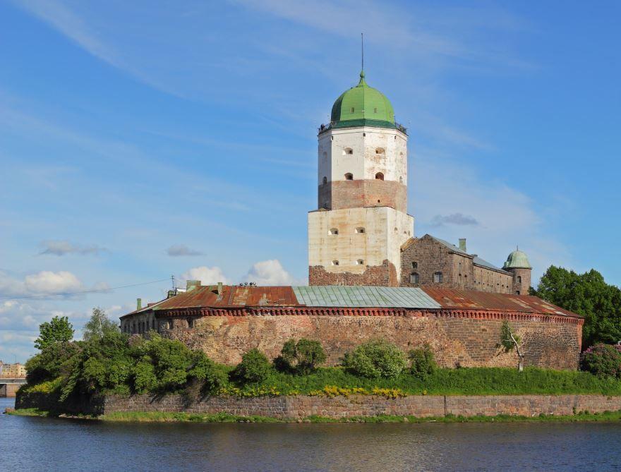 Скачать онлайн бесплатно красивое фото города Выборг