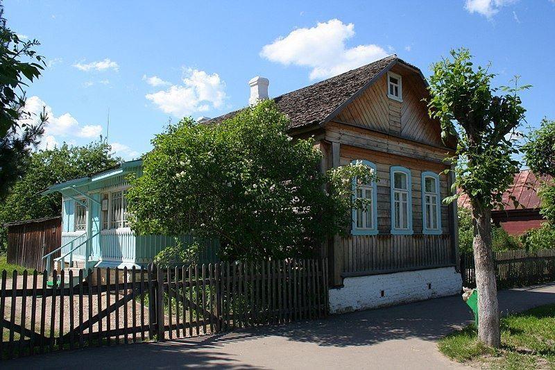 Дом в котором жил Гагарин в школьные годы