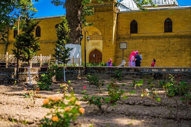 Двор Джума мечети город Дербент