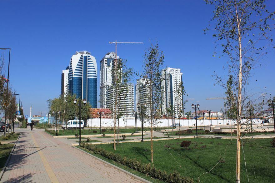 Смотреть красивый вид города Грозный в хорошем качестве