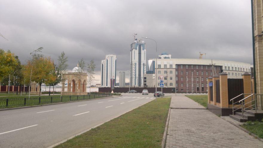 Смотреть лучшие улицы красивого города Грозный бесплатно