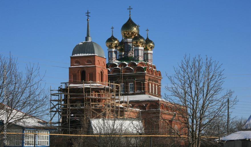 Скачать онлайн бесплатно красивое фото церкви Николая Чудотворца в городе Грязи