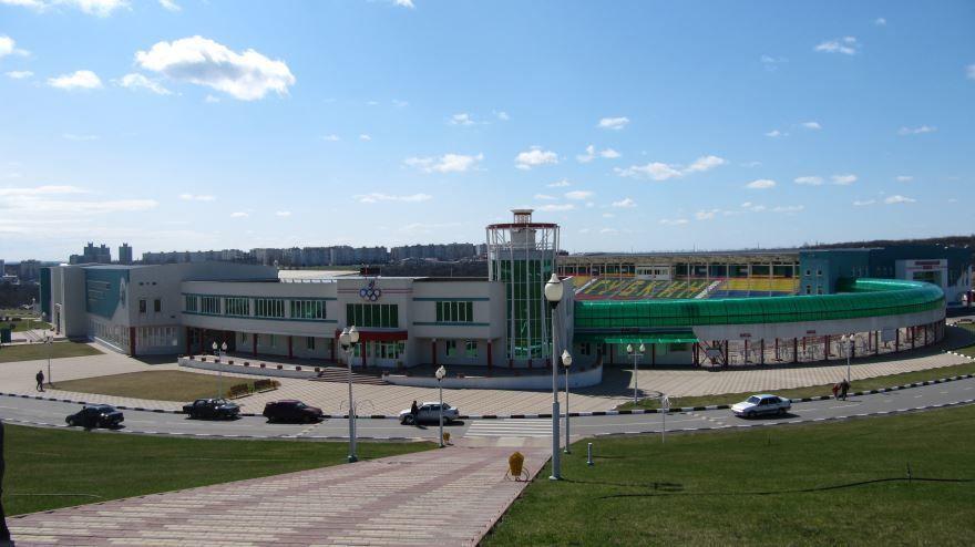 Смотреть фото спортивного комплекса Горняк в городе Губкин