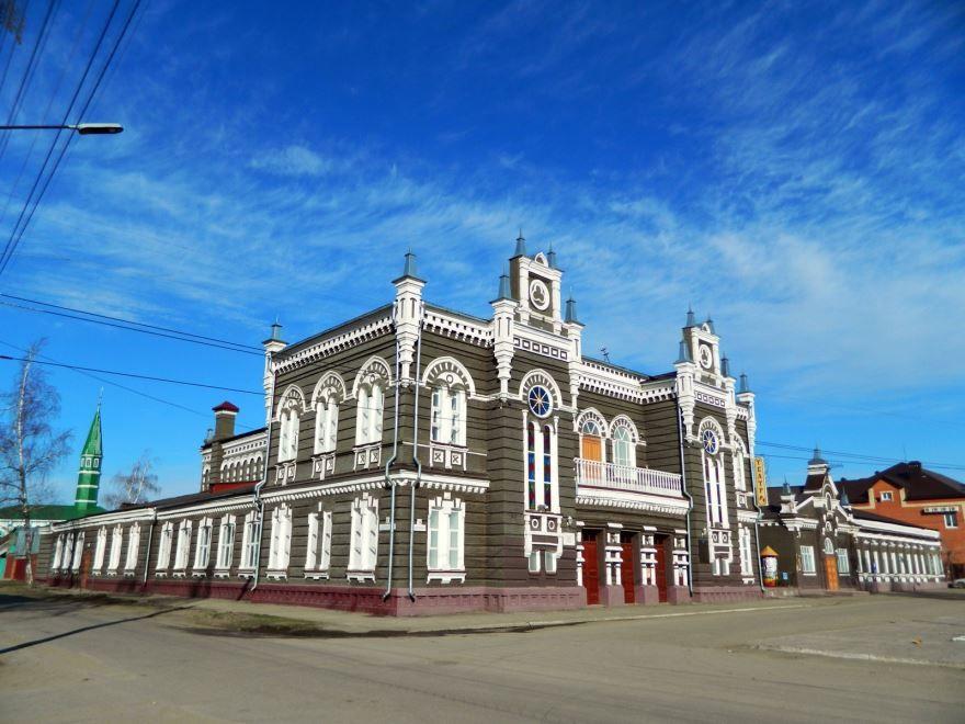 Драматический театр имени Островского в городе Димитровград