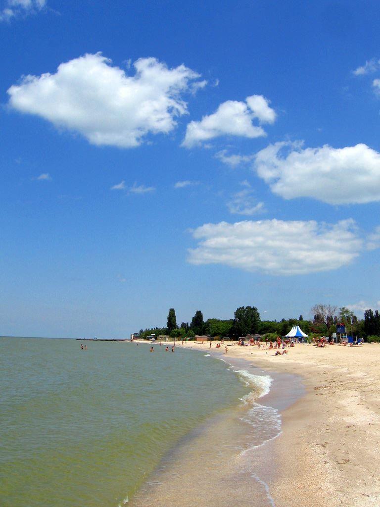 Смотреть красивое фото пляж в городе Ейск в хорошем качестве