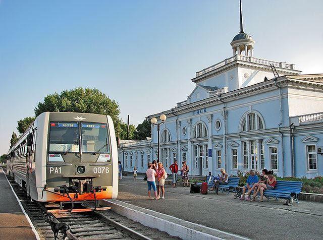 Железнодорожный вокзал в городе Ейск
