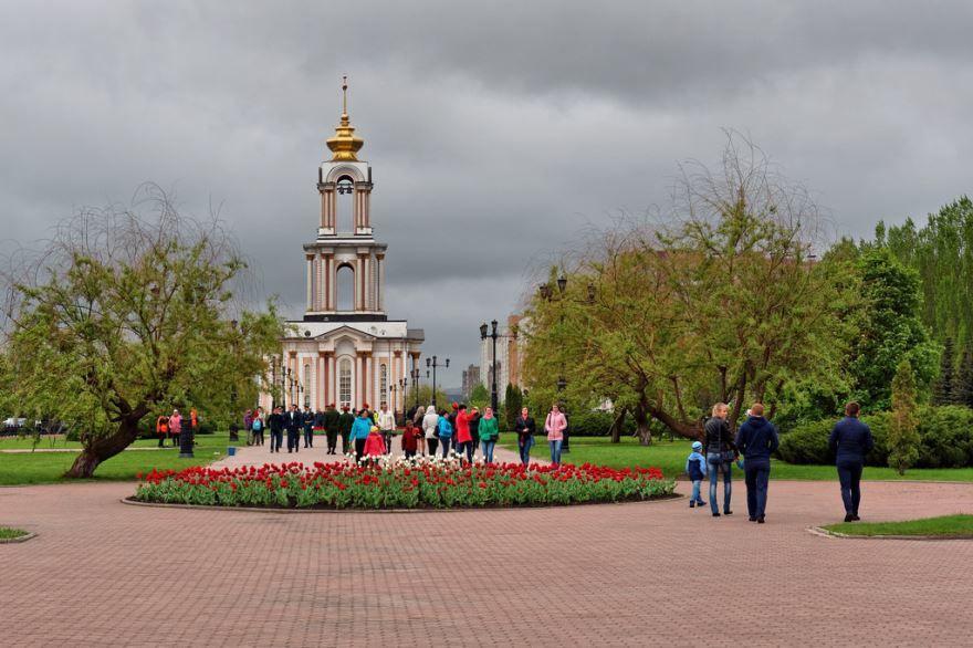 Смотреть красивое фото часовня в городе Железногорск Курской области