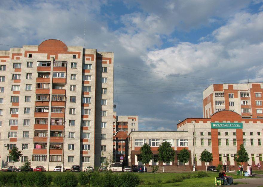 Скачать онлайн бесплатно красивые улицы города Железногорск Курской области в хорошем качестве