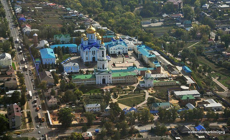 Скачать онлайн бесплатно красивый вид сверху город Задонск в хорошем качестве