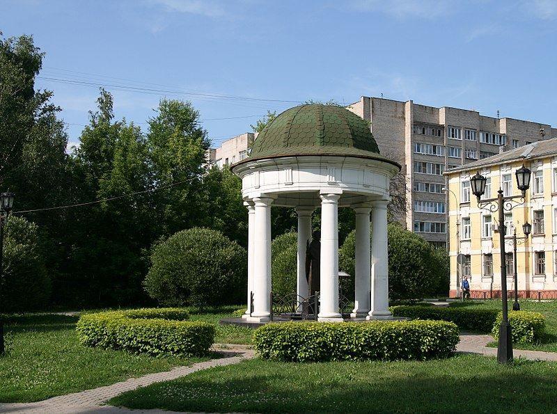 Памятник Святому Николаю в городе Ивантеевка