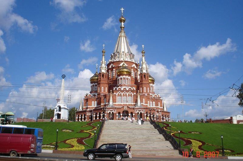 Смотреть красивое фото Михайловский собор город Ижевск