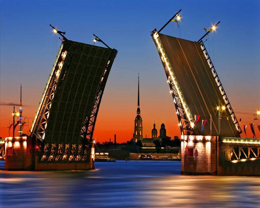 Санкт-Петербург - один из красивейших городов России