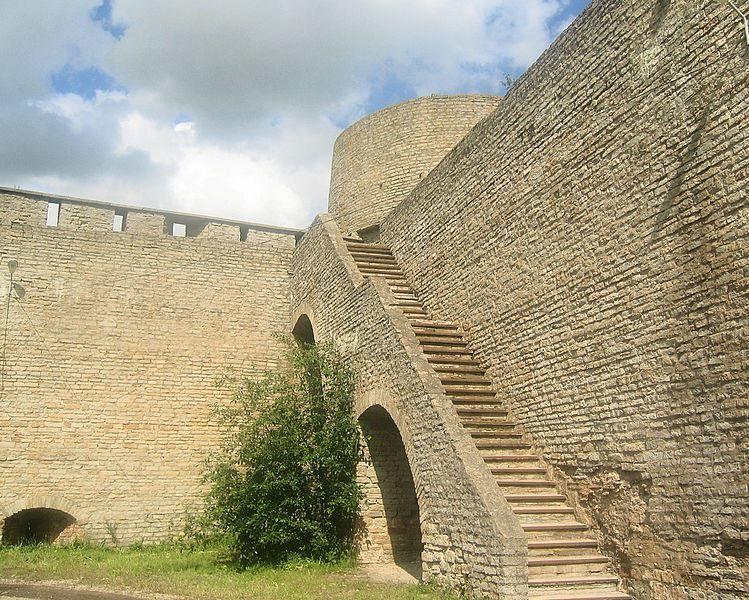 Смотреть лучшие фото города Ивангород в хорошем качестве