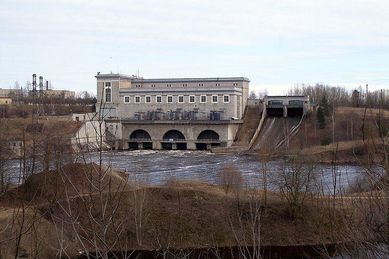 Гидроэлектростанция на реке Нарва город Ивангород