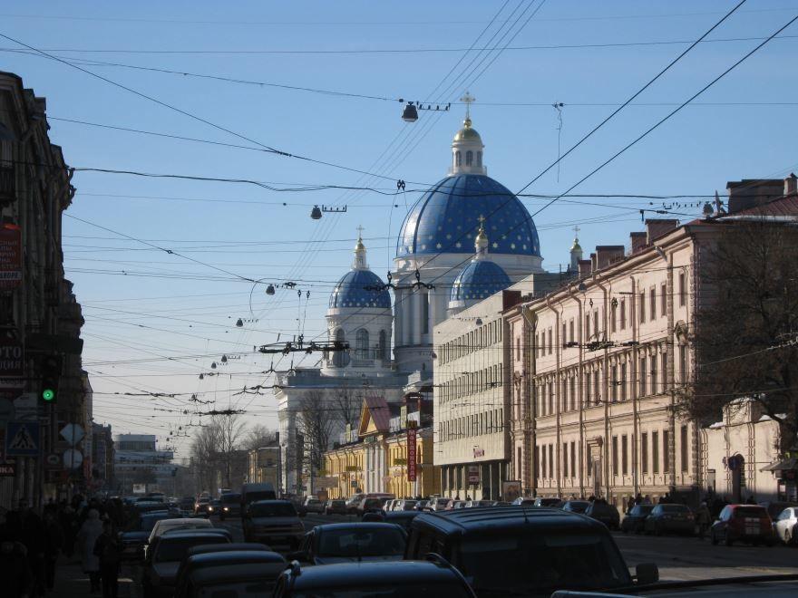 Вид на Троицкий собор город Санкт-Петербург
