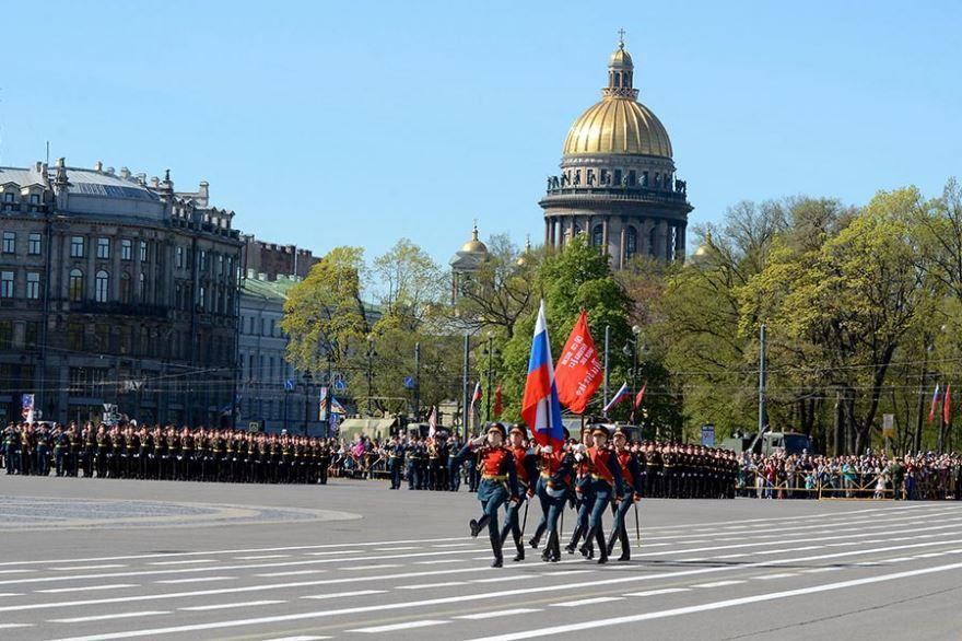 Военный парад войск город Санкт-Петербург