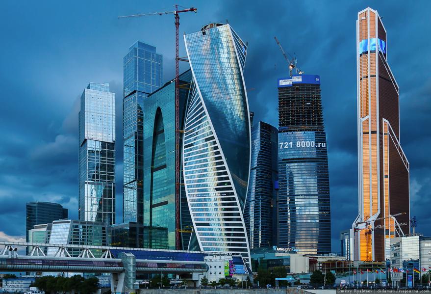 Смотреть красивые здания Небоскребы Москвы