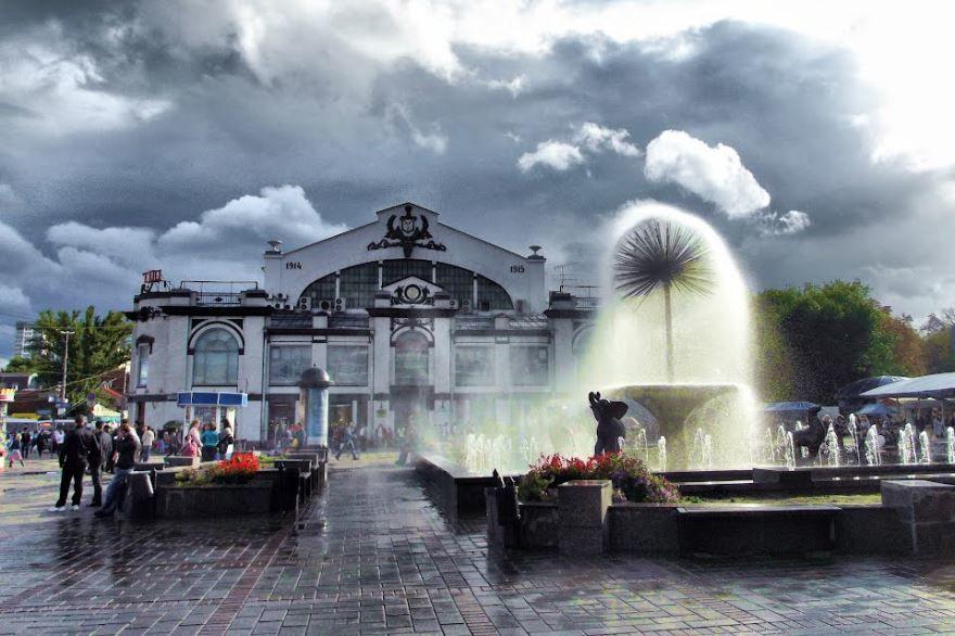 Крытый рынок в городе Саратов