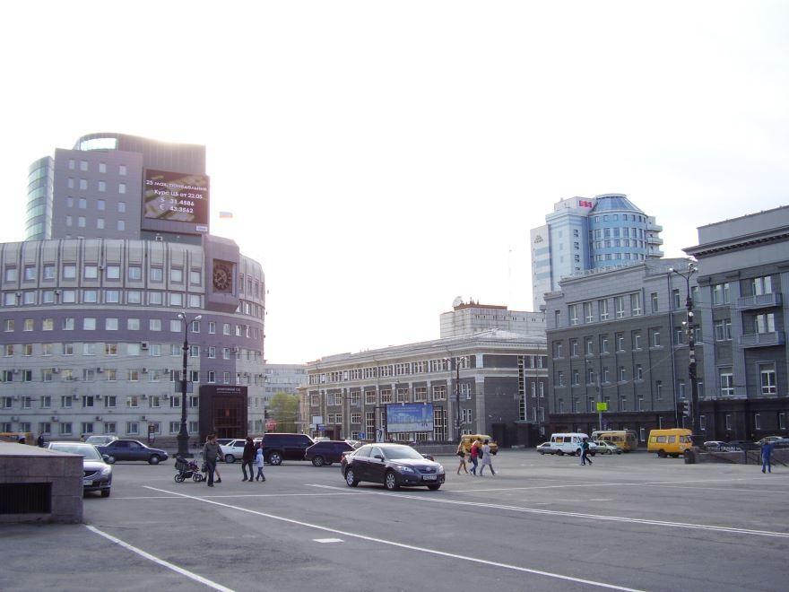 Вид с площади революции город Челябинск 2018