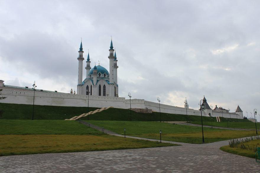 Скачать онлайн бесплатно лучшее фото Крепость города Казань в хорошем качестве