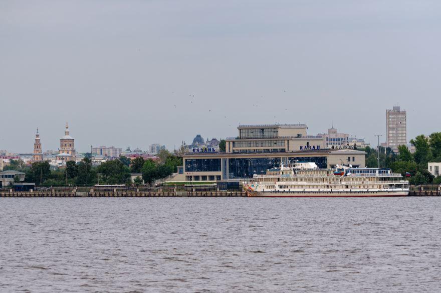 Река Волга в городе Казань 2019