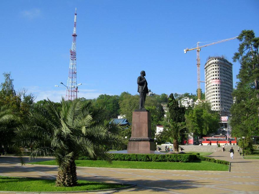 Памятник В.И. Ленину город Сочи