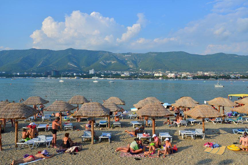 Пляж и отдых в городе Геленджик
