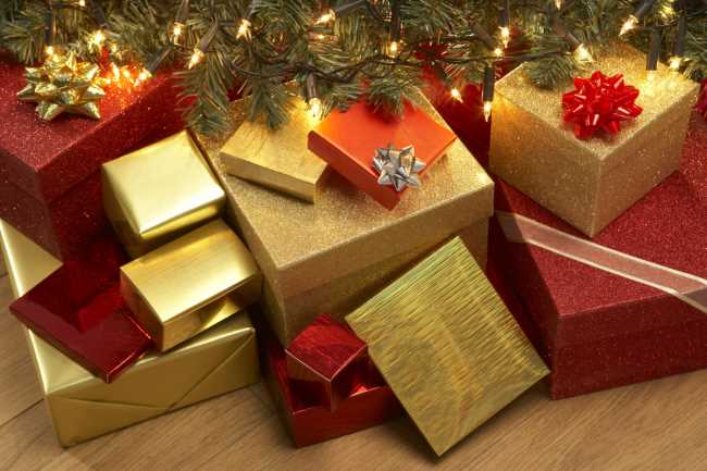 Подарки под елкой фото скачать бесплатно