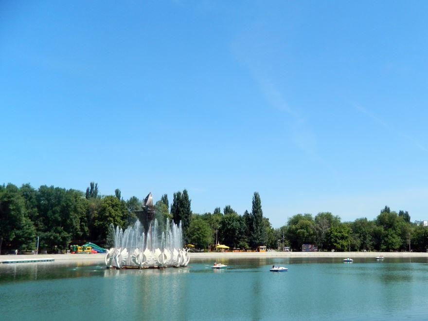 Парк имени 50-летия Октября Песчаное озеро город Самара