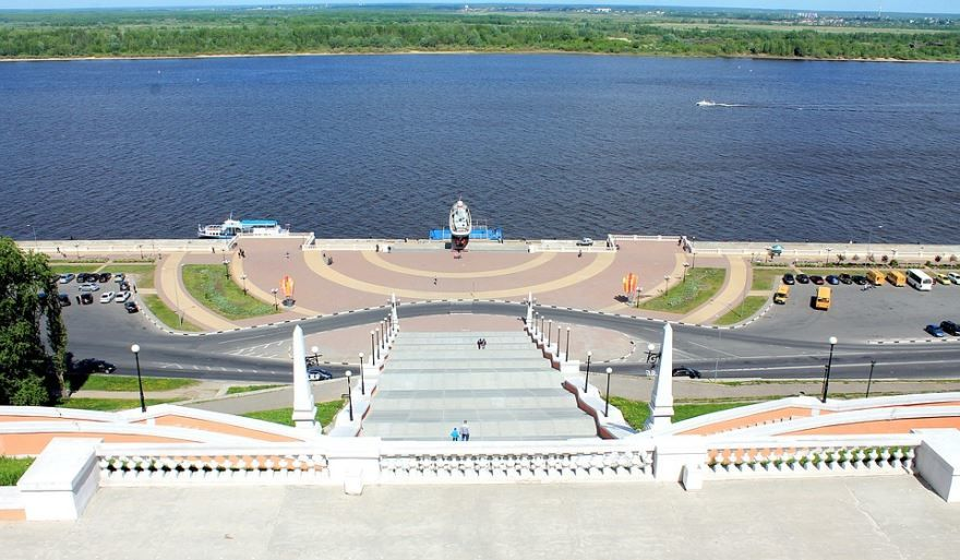 Скачать онлайн бесплатно фото красивой набережной в городе Нижний Новгород в хорошем качестве